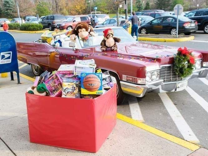 The ninth annual Christmas Caddy gift drive will take place at Branford Walmart over Thanksgiving weekend (Friday, Nov. 29, Saturday, Nov.30 and Sunday, Dec. 1) from 10 a.m. - 1 p.m.; and on the Branford Green in front of Town Hall on Saturday, December 7 from 10 a.m. - 1 p.m.  Photo Courtesy Renee Pantani