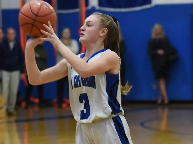Junior Kayla Holt and the Old Saybrook girls' basketball team are looking to make some improvements during the 2019-'20 season and potentially go on a run to the Class S State Tournament. Holt will be manning the point guard position for the Rams. File photo by Kelley Fryer/Harbor News