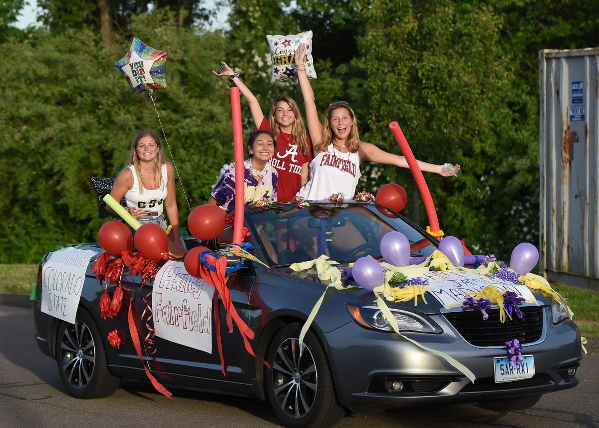 A vehicle parade for the Class of 2020 took place on  Monday night at 7pm around the high school parkinglot. Student decorated their cars and drove around the school to the cheers of their teachers and staff.  Photo by Kelley Fryer/The Sound