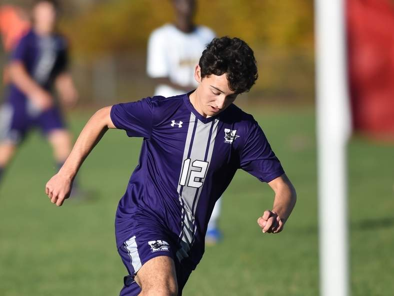 Zachary Zanzalari and the Westbrook boys' soccer squad are hosting Coginchaug to kick off the fall season. File photo by Kelley Fryer/Harbor News