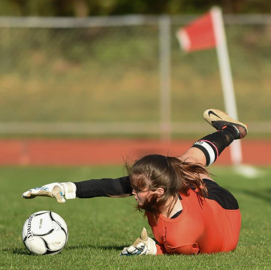 North Branford girls soccer lost 0-5 to Haddam-Killingworth at home.  Ava Candelora (GK) Photo by Kelley Fryer/The Sound
