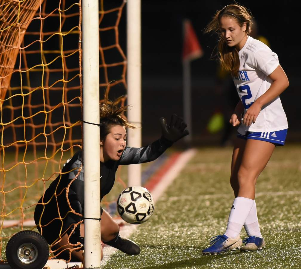 North Haven girls soccer lost 0-4 to West Haven at home. Annalise Moulis  (00)  Photo by Kelley Fryer/The Courier