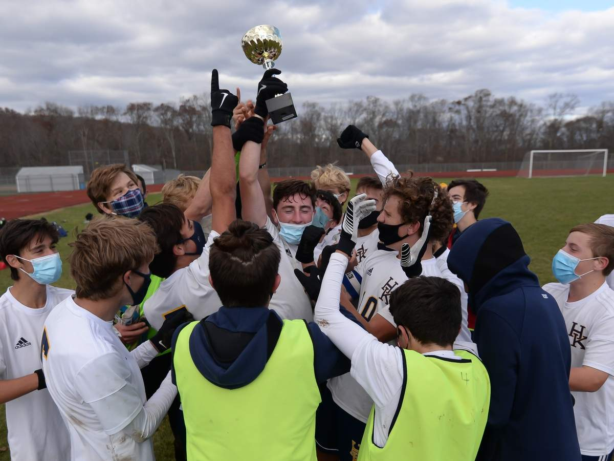 Haddam Killingworth boys soccer beat East Hampton 1-0 in the Shoreline Championship at East Hampton High School.  Photo by Kelley Fryer/The Source