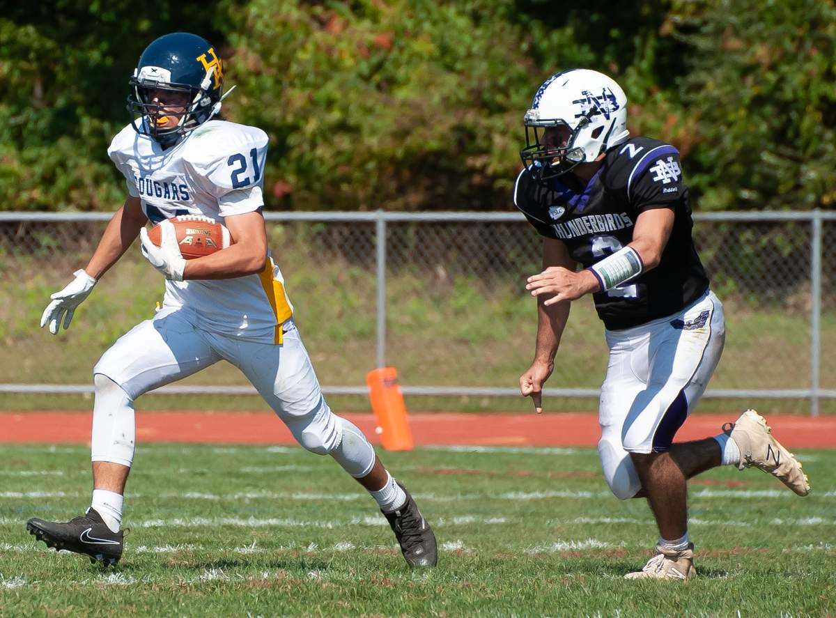 Haddam-Killingworth lost to 6-19 to North Branford at North Branford High School. Matteo Piacenti  (21) Photo by Kelley Fryer/The Source