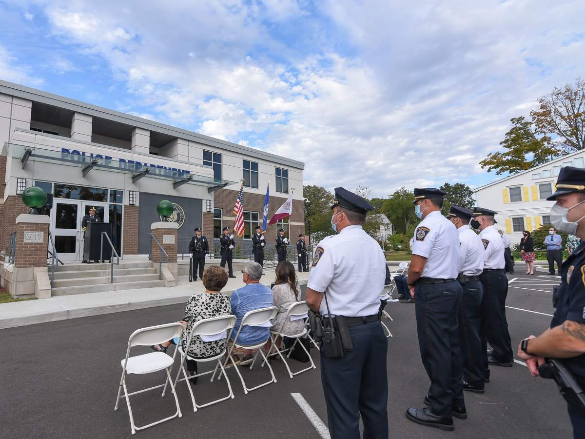 The Chairman of the North Haven Board of Police Commissioners, Larry Lazaroff, swore in Chief Kevin J Glenn, as the 7th Chief of Police, on October 1st, 2020 at 4pm on the steps of the North Haven Police Department, with members of his family, the North Haven Police Department and community members present. Chief Kevin Glenn addressed the community. Photo by Kelley Fryer/The Courier