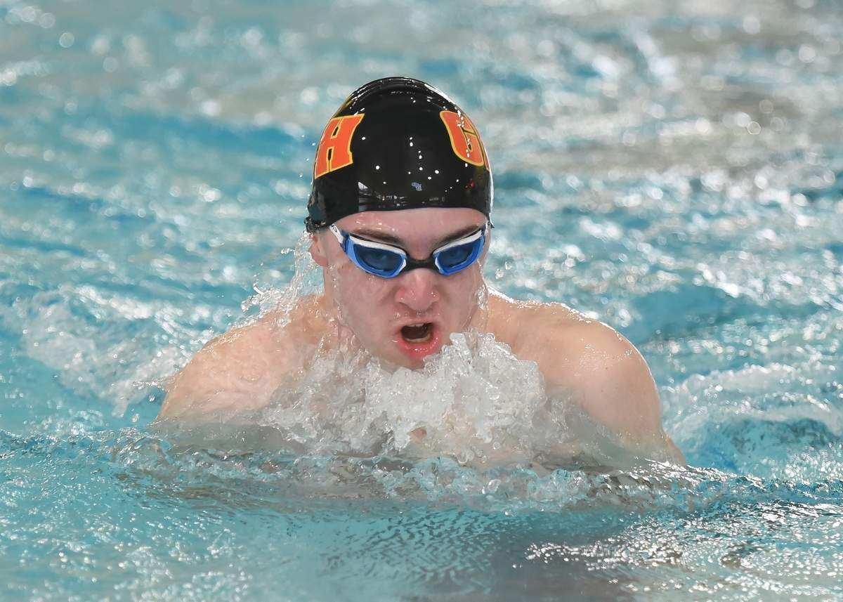 Connor Coyne  200 Medley Relay Photo by Kelley Fryer/The Courier