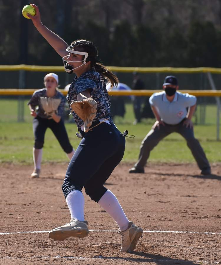 East Haven Softball scrimmaged Noth Haven at North Haven. Samantha Franceschi (21), Victoria Heaphy Photo by Kelley Fryer/The Courier