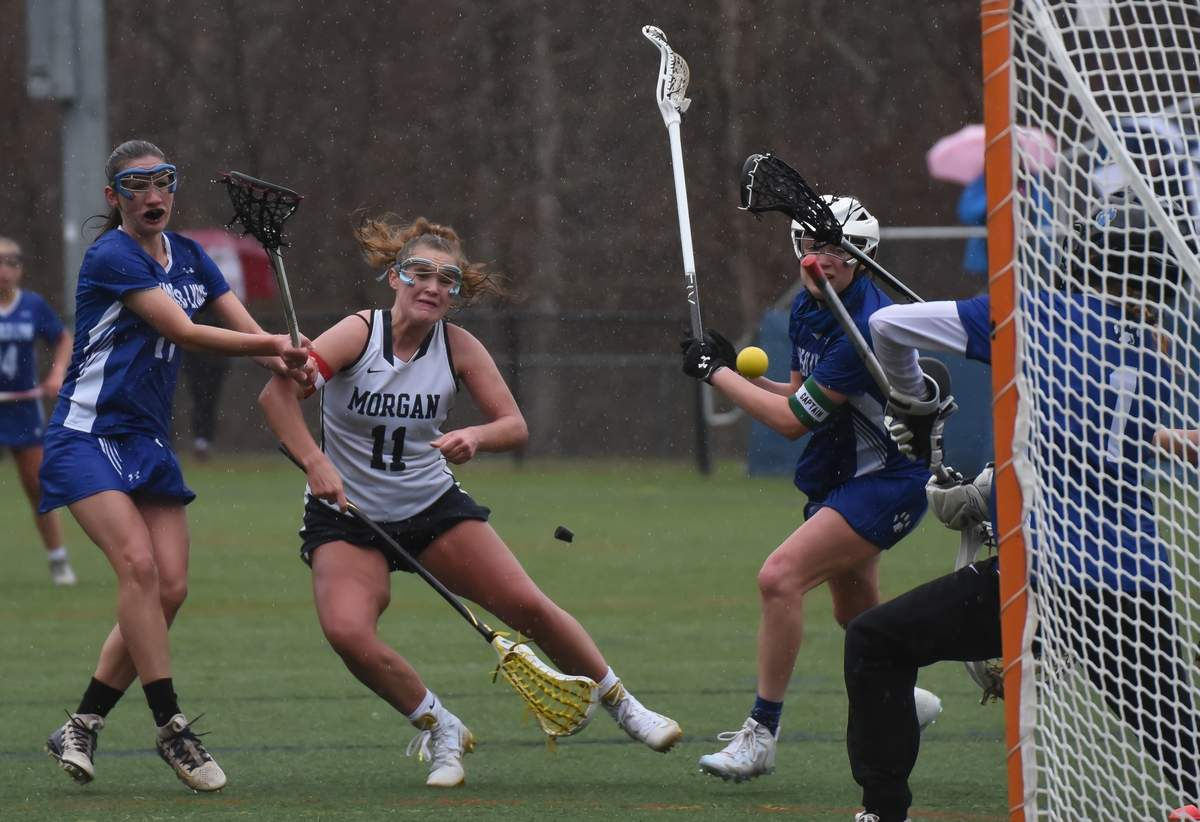 Morgan girls lacrosse beat Lyme-Old Lyme 7-5 at the Indian River Complex, Clinton. Lindsay Narracci (11) Photo by Kelley Fryer/Harbor News